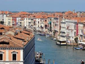 Сестиеры Венеции у Гранд Канала