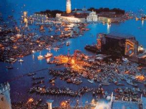 Путеводитель по Венеции - концерт Pink Floyd