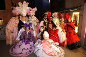 Фотосессия в Венеции в старинных костюмах