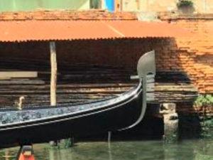 Как делают гондолу. Экскурсия в мастерскую в Венеции