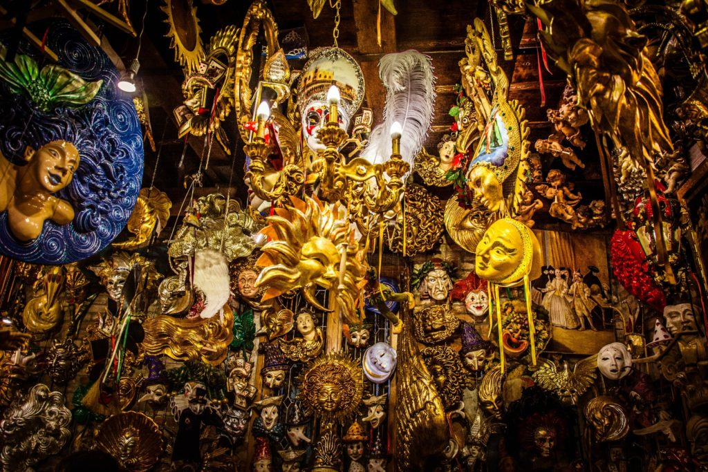 Noleggio costumi veneziani