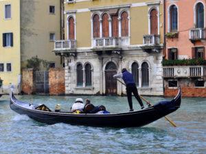 Венеция. Покататься на гондоле в частном туре