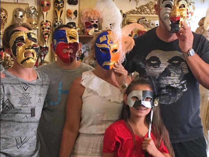 Создание и Декор венецианской маски