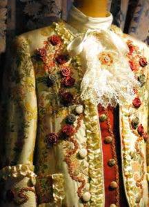 Прокат венецианского костюма. Детали камзола