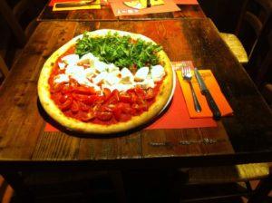 Поесть вкусно в Венеции пиццу